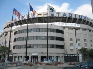 3769_800px-yankee_stadium_exterior